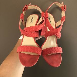 Qupid strapping block heels size 10
